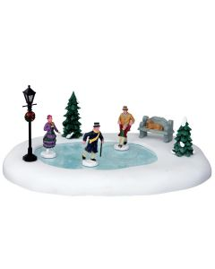 """Figurine """"Skating in the park"""""""